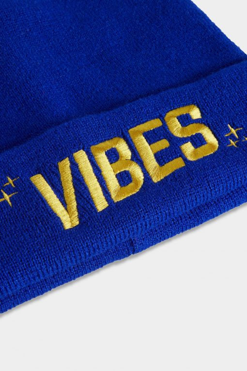 Vibes Beanies Blue Closeup Website The Weed Blog - Cannabis News, Culture, Reviews & More