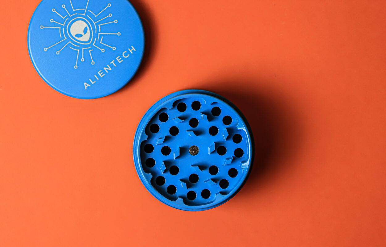 AlienTech-Cannabis-Grinders